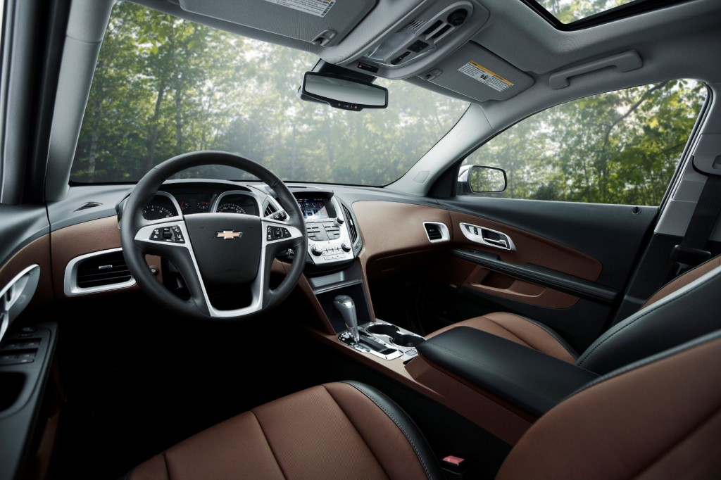 Chevrolet Equinox 2016_interior